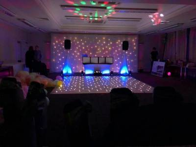 Image supplied by DJ Entertainments with Mike Connell